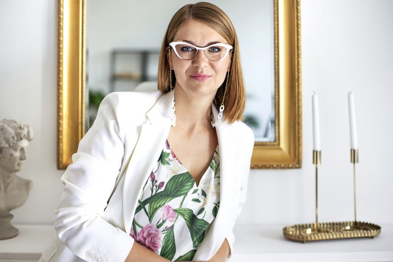 Białe okulary korekcyjne Caroline Abram